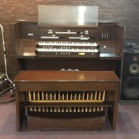 Rodgers Cambridge 220 Organ